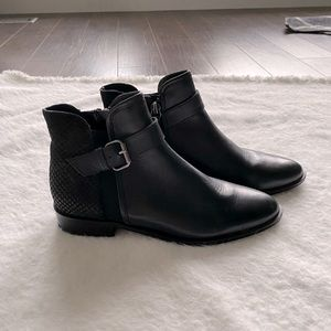 Kenneth Cole Reaction ankle boots black size 6